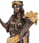 Статуэтка Деметра «богиня плодородия и земледелия»