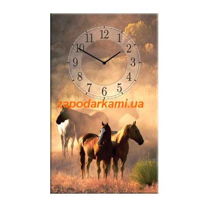 Настенные часы на холсте «Дикие лошади»