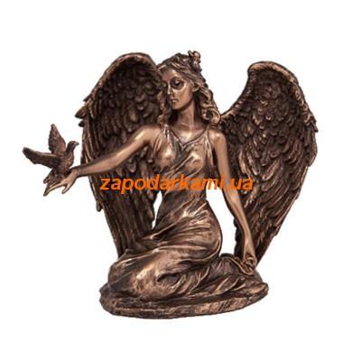Статуэтка «Ангел с голубем»