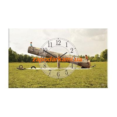 Настенные часы на холсте «Веселые качели»