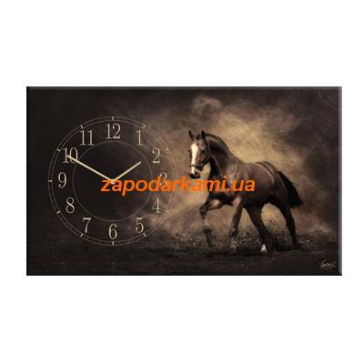Настенные часы на холсте «Бегущий конь»